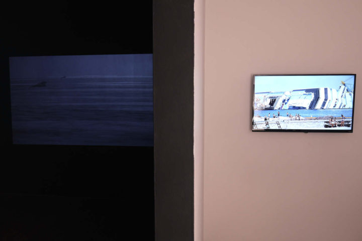 Marco G. Ferrari, Aspect/Ratio Gallery, Chicago, IL, US, 2015. Installation views of Resti, 2013-14 (left) & Ferragosto, 2012–13 (right).