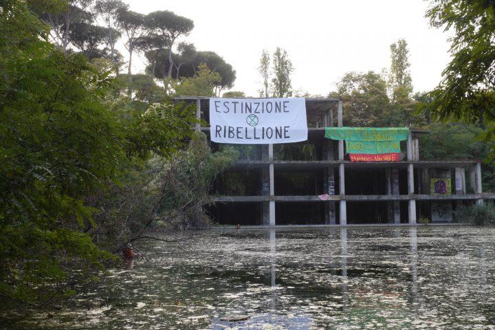 Ritorno al lago che combatte, Lago Ex Snia, Rome, Italy, October 13, 2019. Video frame, mgf.