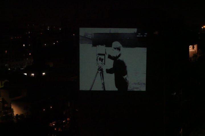 rigenera-marcoasilo-quarantinehearts-homeprojections-20200403-marcogferrari-home-rome-groupscreenings-n03-thecamerman-buster-polipo-ferrari-windowtoscreen-misc-projection-039