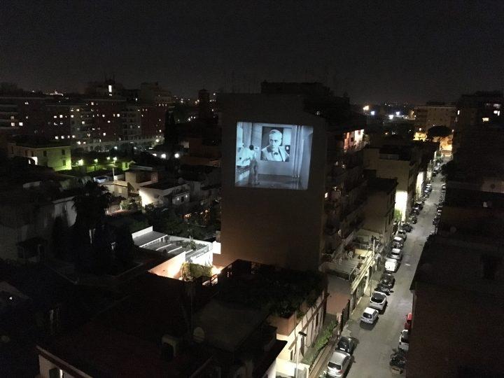 rigenera-marcoasilo-quarantinehearts-homeprojections-20200501-marcogferrari-home-rome-groupscreenings-n07-moderntimes-chaplin-windowstoscreen-misc-projection-098