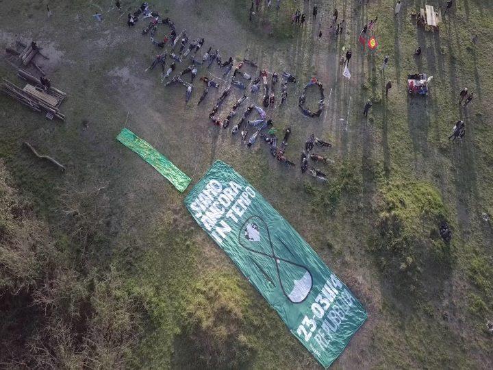 vogliamo-lago-ex-snia-monumento-naturale-global-climate-strike-for-future_2019_hd-video_rome-italy_video-frame_marco-g-ferrari-co